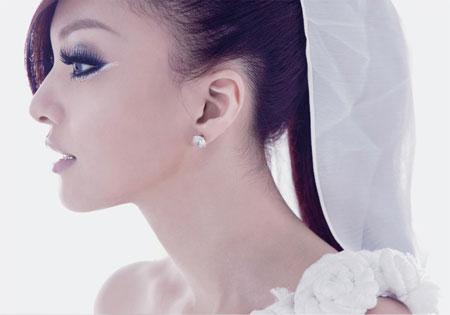 张韶涵新碟发行在即,却爆出与母亲不和的丑闻