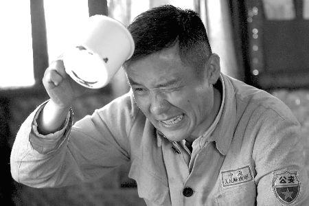 《冷箭》剧照:黄志忠这次不演反派。