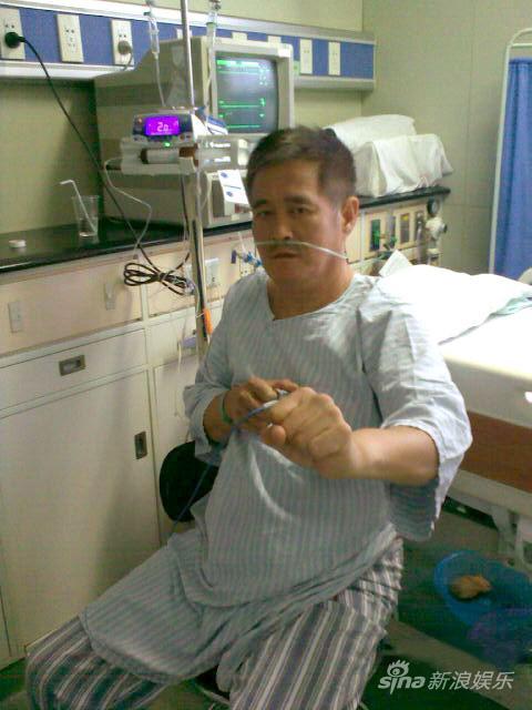 赵本山有望十天后出院医生建议其一年不坐飞机