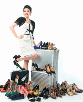 大S嫁豪门疑高调炫富:一万以下的鞋非常便宜(图)