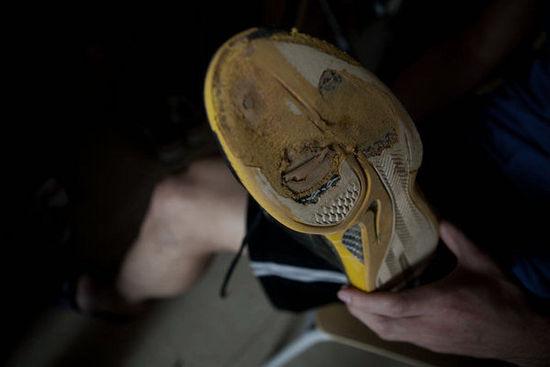 鞋子被磨的