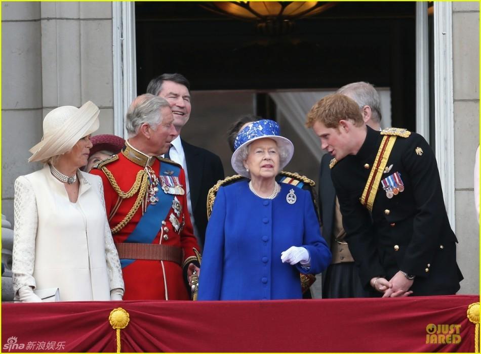 英国凯特王妃临盆_英国女王携皇室亮相阅兵-当地时间,英国伦敦,阅兵典礼-江西娱乐网