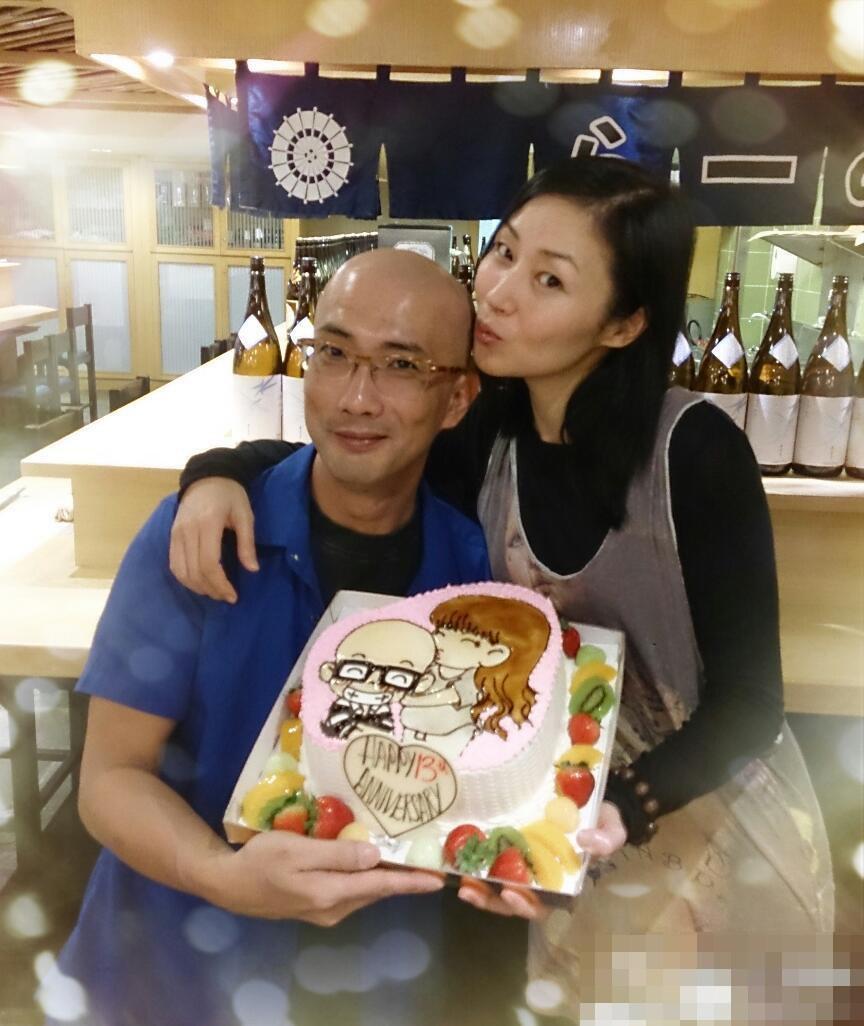 万绮雯与老公庆结婚周年