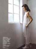 组图:陈妍希白色清新写真显国民气质