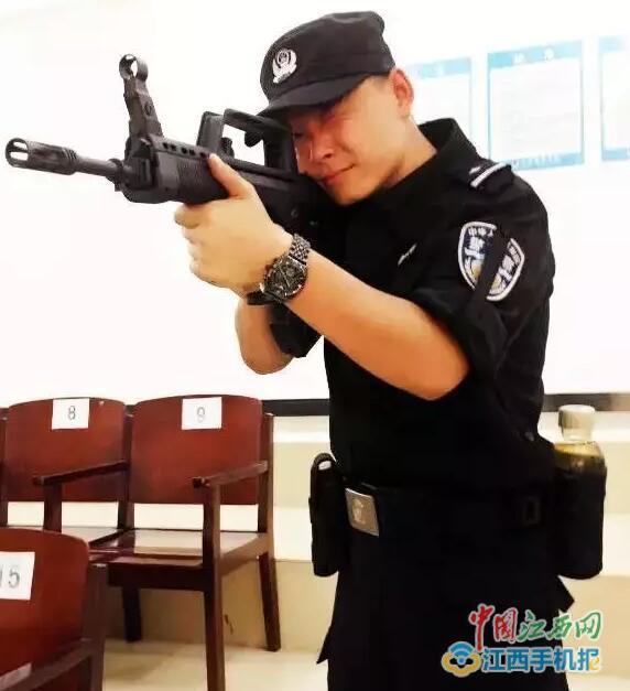 万年警察胡杰:力求把每一个案件办成铁案